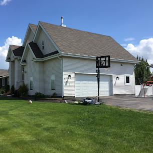 Offering versatility and energy efficiency, EIFS is a popular choice in Western Canada. We offer parging and EIFS solutions in Edmonton, Alberta,