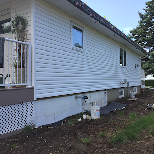 Gaining popularity during the last decade, ICF system provides better benefits to foundations compared to regular foundation system. Popular in newly built homes, ICF offers better insulation and protection. We can do all kinds of (parging over ICF) work. We service in greater Edmonton and surrounding areas. Feel free to contact us for all your needs.